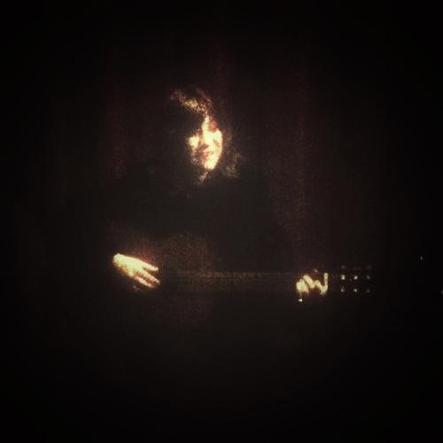 Hanna med gitarr